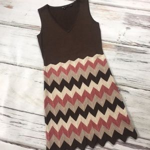BCBGMAXAZRIA sleeveless dress sweater knit chevron